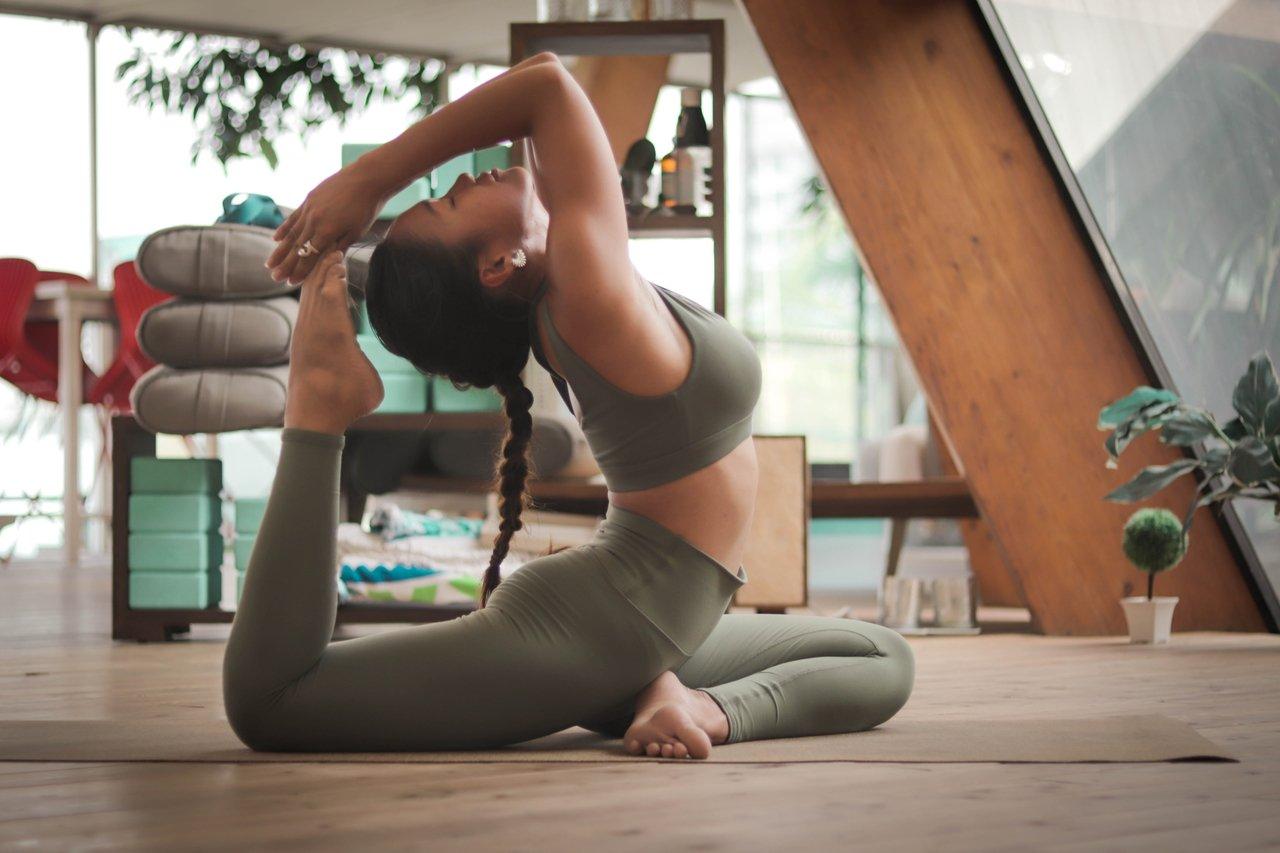 Jak zacząć ćwiczyć w domu, aby schudnąć? Najlepsze ćwiczenia w domu - sunela.eu