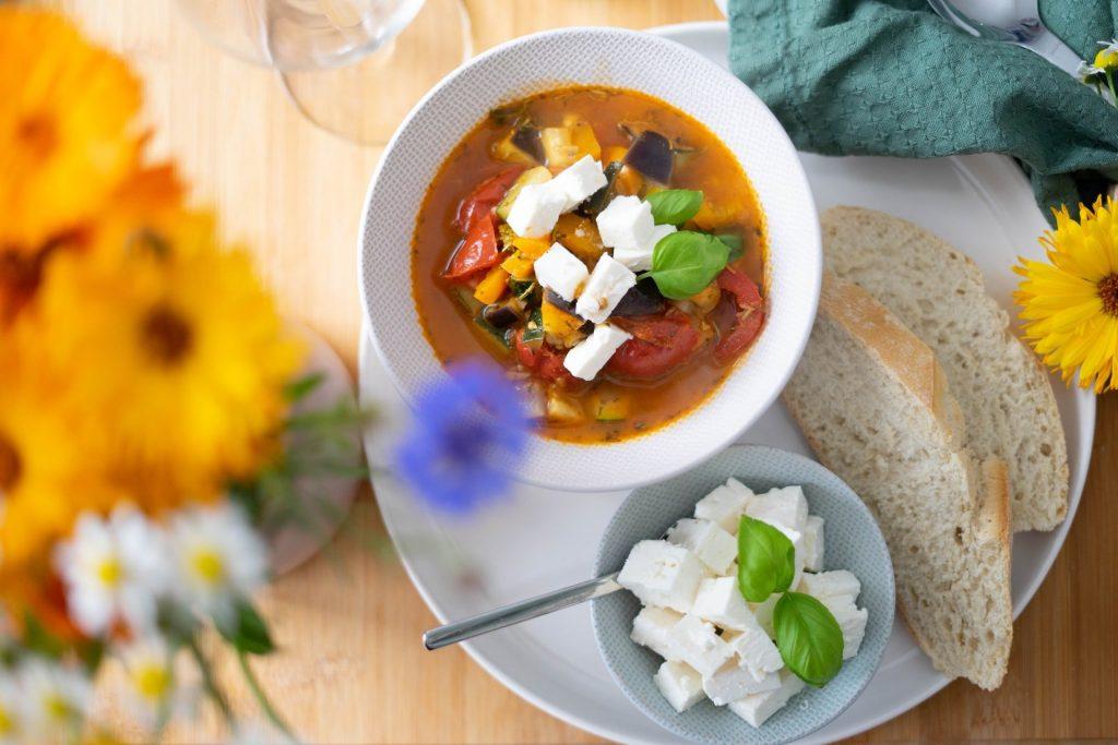 Ile posiłków w ciągu dnia? | Dieta i ruch - Medycyna Praktyczna dla pacjentów