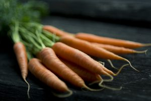 carrot-1031389_1920.jpg