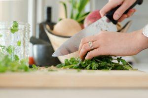 pietruszka-gotowanie-krojenie.jpg