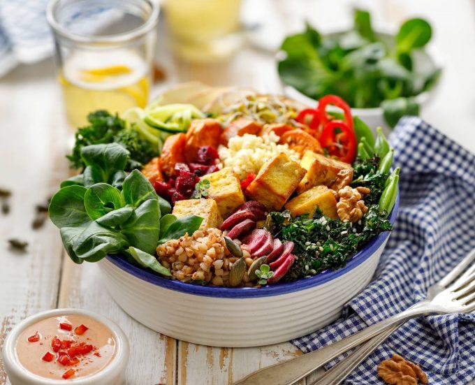 kasza bowl obiad azja sałatka wege