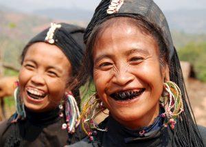 259730-women-of-the-ann-tribe-paint-their-teeth-black-scaled.jpg